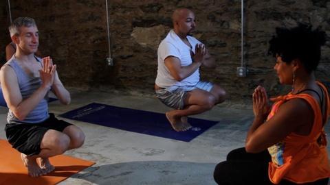 S1 E6: Do Yoga