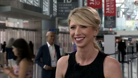 Book View Now -- Amy Cuddy Interview at BookExpo America 2015
