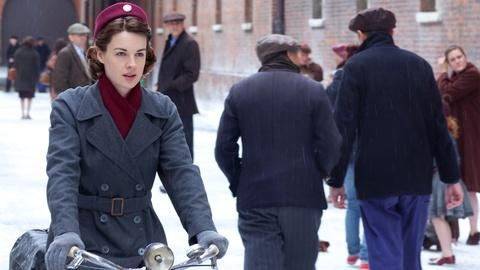 Call the Midwife -- Holiday Special 2012 | Official Trailer