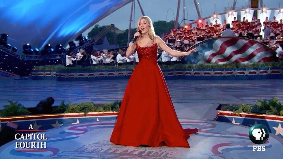 """Jackie Evancho Sings """"God Bless America"""" image"""