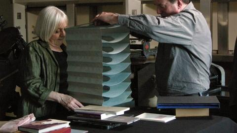 Craft in America -- S2 Ep2: Kathleen Walkup on unconventional books