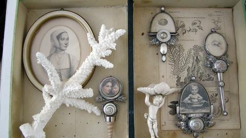 Craft in America -- S2: Roberta Williamson on antique paper