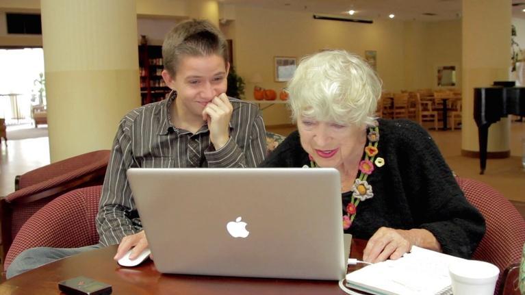 Cyber-Seniors: Shura and Ellard Chat