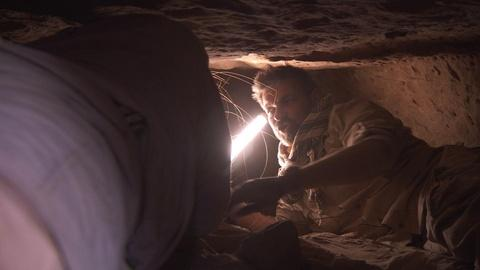 Egypt's Treasure Guardians -- Tomb Diving