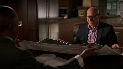 Finding Your Roots -- S2 Ep5: Tom Colicchio's Ideal Family Dinner