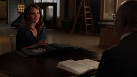 Finding Your Roots -- S2 Ep9: Tracing Tina Fey's Paternal Line