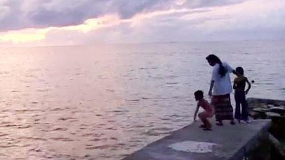 Tuvalu: That Sinking Feeling image