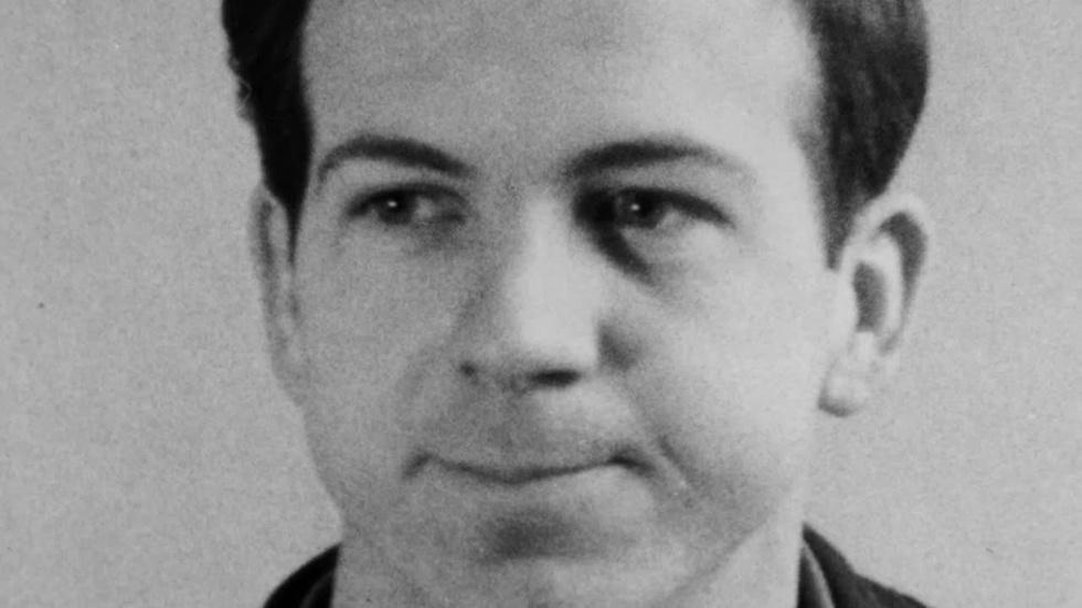 S32 Ep4: Lee Harvey Oswald, Voice Coach image