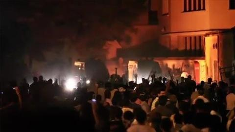 FRONTLINE -- New Protests Erupt in Tahrir Sq