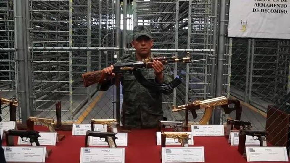 Mexico's Seized Weapons: A Tour image