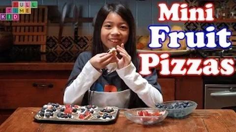 Full-Time Kid -- How to Make Mini Dessert Pizzas