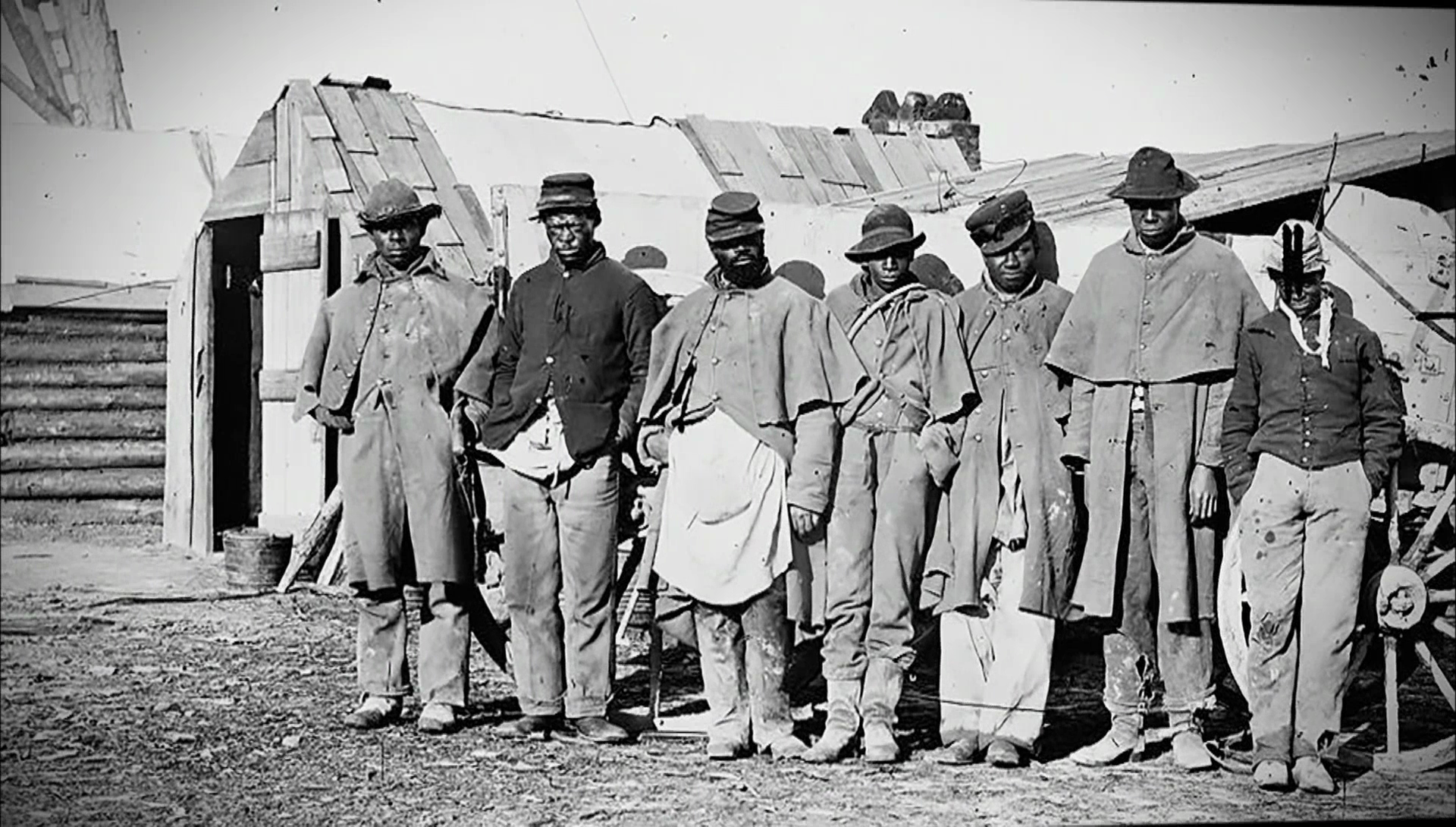 a summary of the issues of the blacks in the civil war Lincoln upheld the laws barring blacks from the army,  but the purpose of the civil war had now  by the end of the war more than 186,000 black soldiers had.