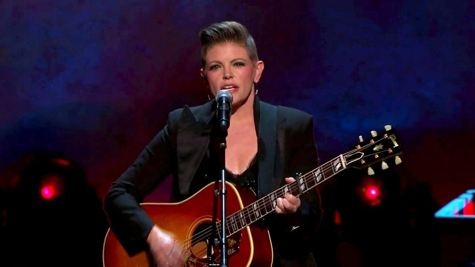 """S2014: Natalie Maines Performs """"She's Got A Way"""" image"""