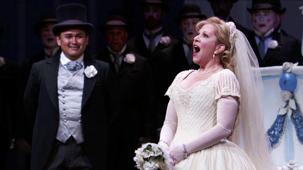 """Joyce DiDonato Sings Rossini's Joyful Aria """"Non più mesta""""  image"""