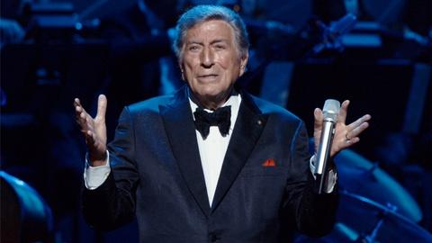 """Tony Bennett Sings """"How Do You Keep the Music Playing?"""""""