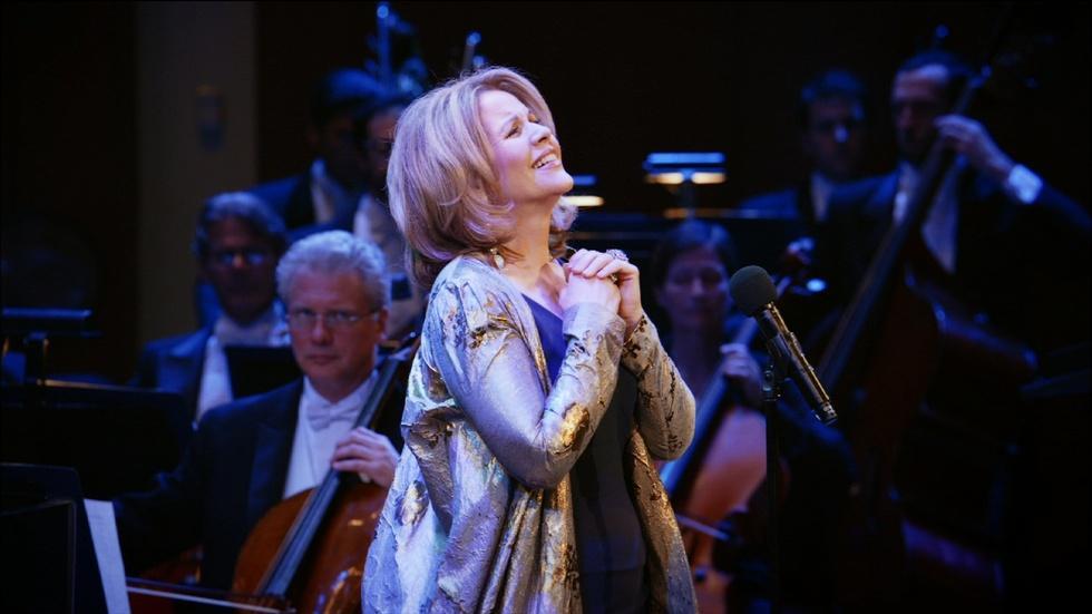 "Renée Fleming Sings ""Danny Boy"" at American Voices Concert image"