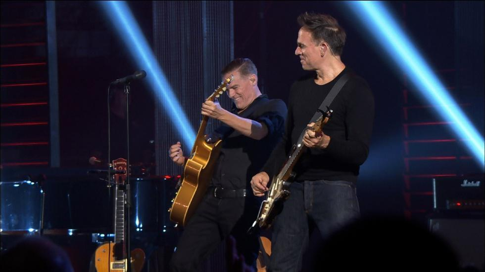 Bryan Adams in Concert: It's Only Love image