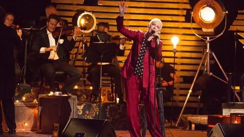 "Great Performances -- S39 Ep14: Annie Lennox: Nostalgia in Concert - ""Georgia on M"