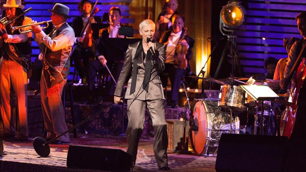 "Annie Lennox: Nostalgia in Concert - ""Mood Indigo"" image"