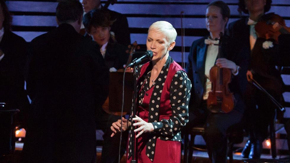 "Annie Lennox: Nostalgia Live in Concert - ""Summertime"" image"