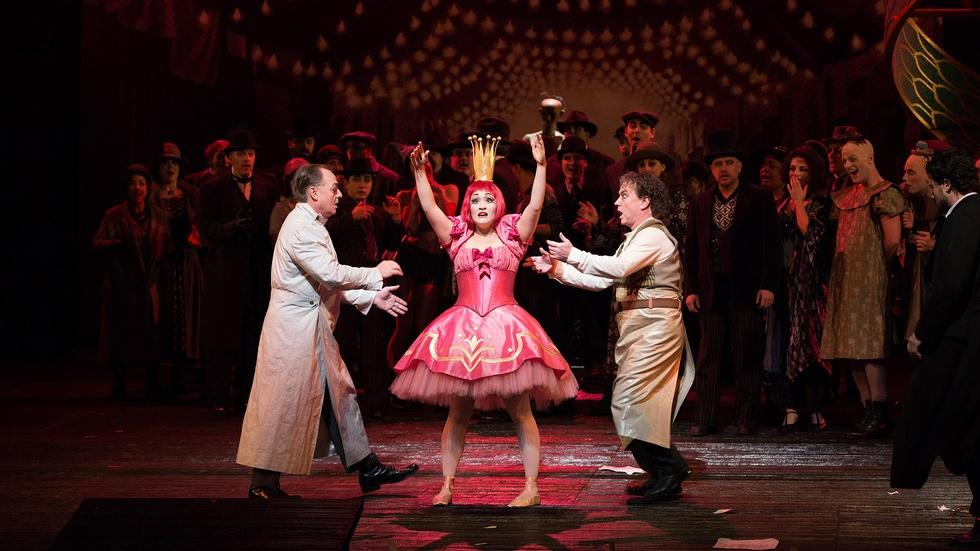 The Doll Song from Les Contes d'Hoffmann on GP at the Met image