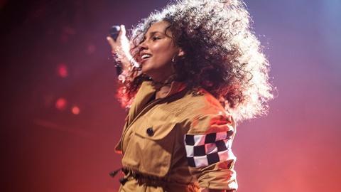 Great Performances -- S44 Ep10: The Gospel | Alicia Keys - Landmarks Live