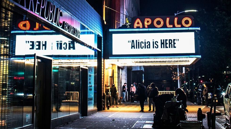 Alicia Keys on The Apollo Theater image