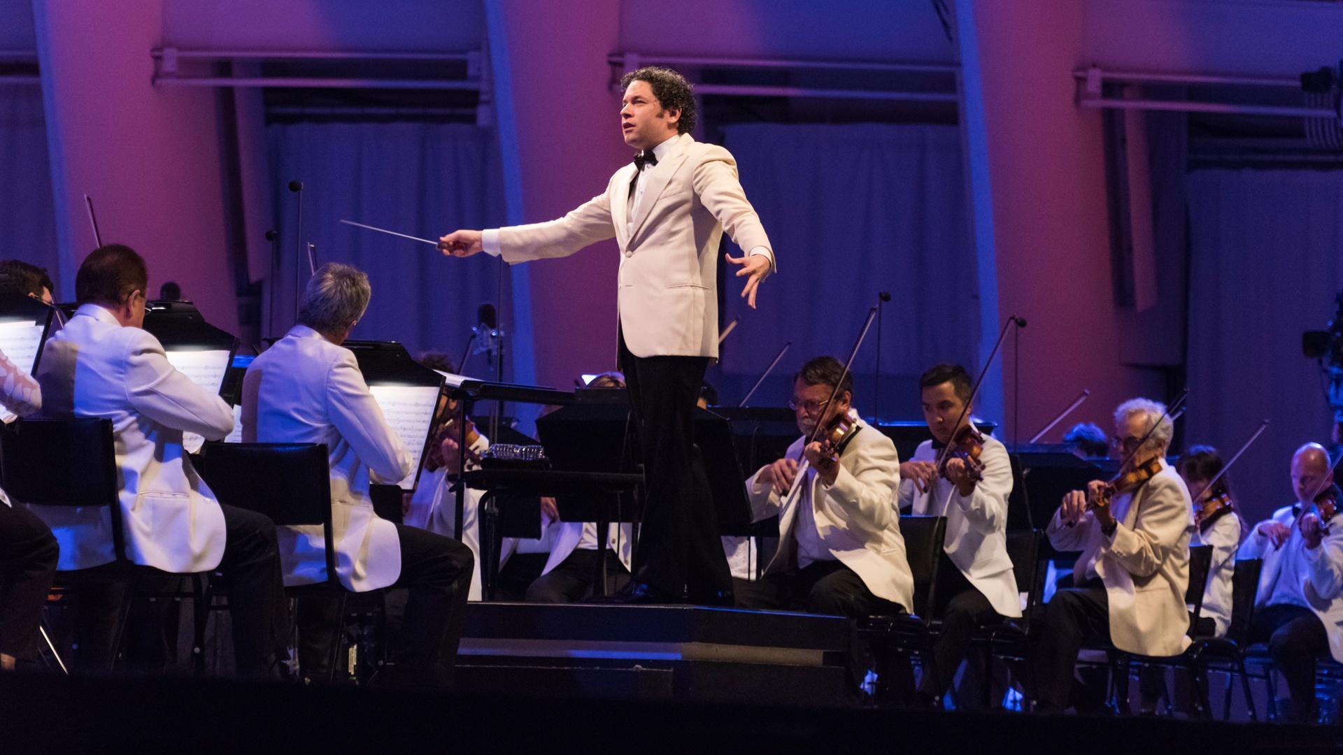 Adios nonino | Dudamel Conducts Tangos Under The Stars