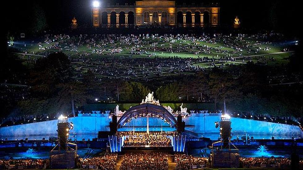 Vienna Philharmonic's Summer Night Concert 2010 - Preview image