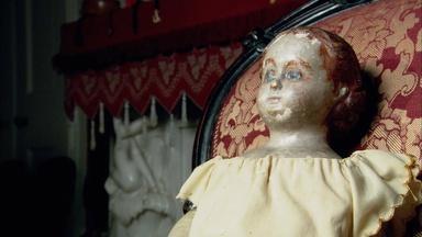 The Civil War Secrets of a Drug Smuggling Doll