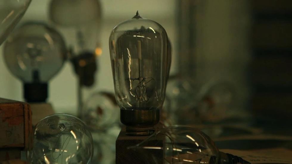 The invention of the light bulb image