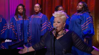 "In Performance at The White House -- Tamela Mann Performs ""Take Me To The King"""