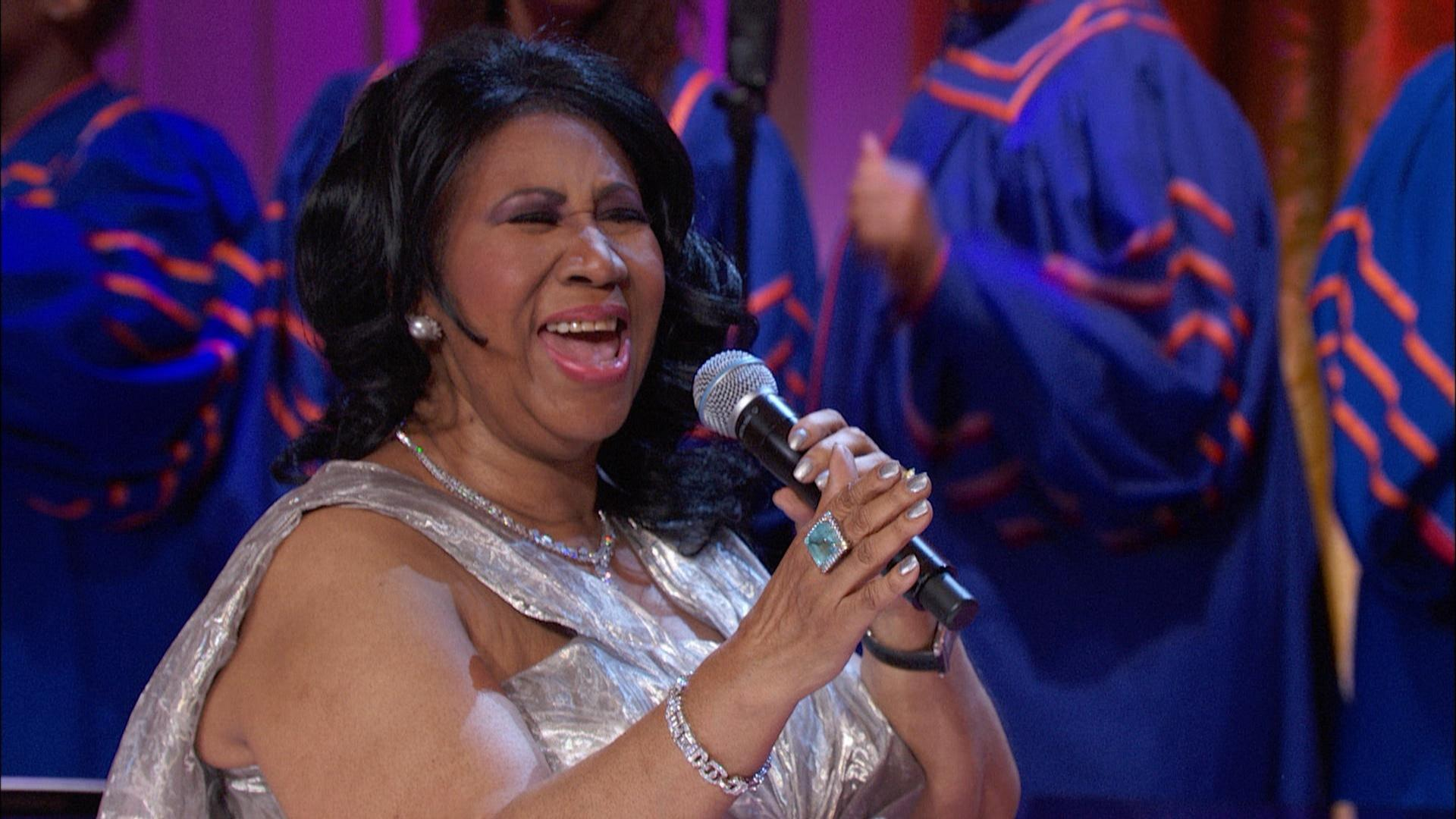 aretha franklin performs  u0026quot plant my feet on higher ground