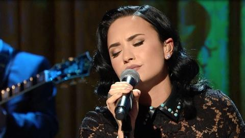 "S2016 E2: Demi Lovato Sings ""You Don't Know Me"""