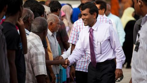 Independent Lens -- S14: The Island President: Mohamed Nasheed Confronts Climate