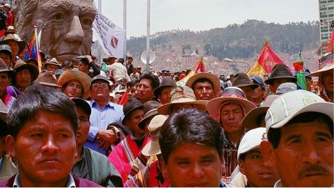Independent Lens -- S5: Waiting for the Revolution: Boliviaĺ䁥_s Indigenous Wo
