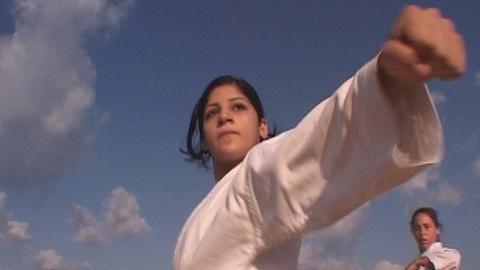 Independent Lens -- S8: Shadya: An Israeli Arabĺ䁥_s Experience