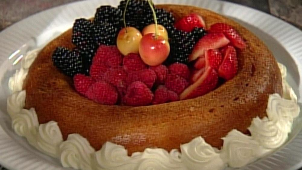 Baking With Julia Baby Cakes With Johanne Killeen Twin Cities Pbs