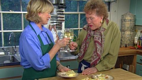 A Three-Tiered Wedding Cake with Martha Stewart, Part 2