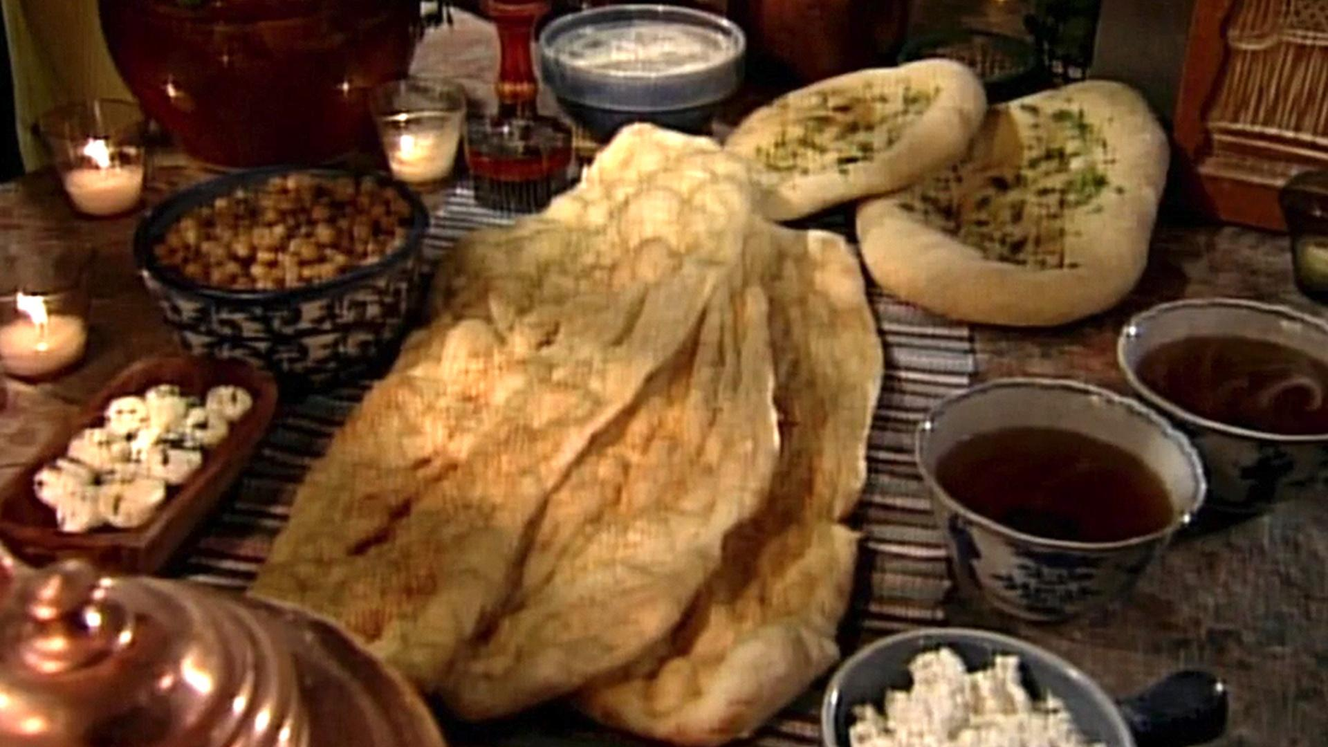 martha stewart glorious wedding cake recipe s3 e11 naan with beatrice ojakangas baking with 17190