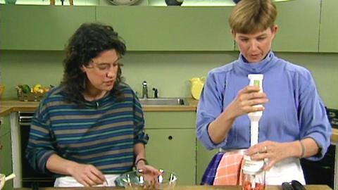 Julia Child: Cooking With Master Chefs -- Thai and Indian flavors with Susan Feniger and Mary Sue...