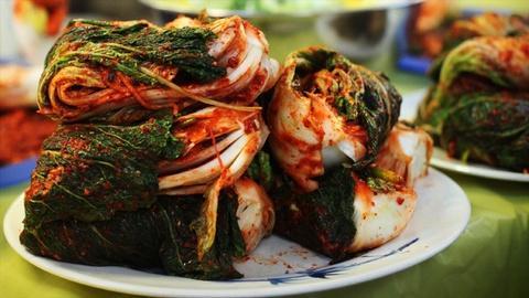 Kitchen Explorers -- How to Make Kimchi