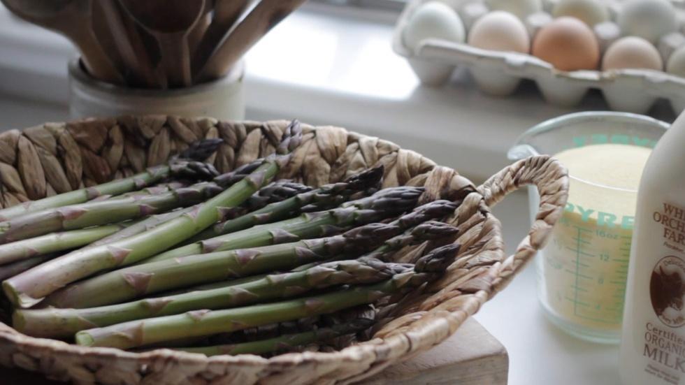 Semolina Gnocchi Stuffed with Asparagus image