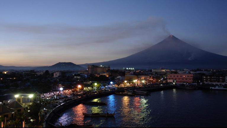 Life on Fire: Volcano Doctors