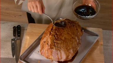 Glazing Ham