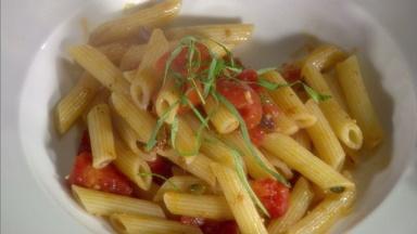 Pasta Sauces: Ragu, Puttanesca and Carbonara