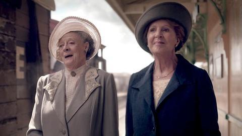 Downton Abbey - Masterpiece -- S5 Ep9: Train Scene