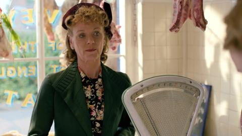 Home Fires - Masterpiece -- S1 Ep1: Scene