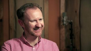 """Mark Gatiss Plays """"Would You Rather?"""""""