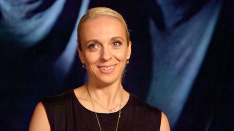 Amanda Abbington vs. YouTube